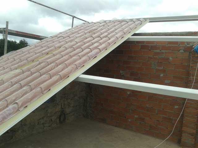 Tejado tipo sandwich materiales de construcci n para la - Materiales para tejados ...
